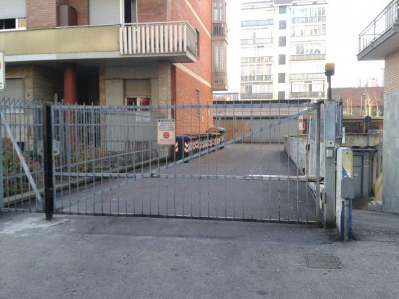 Box / Garage in vendita a Torino, 1 locali, zona Zona: 16 . Mirafiori, prezzo € 18.000 | Cambiocasa.it