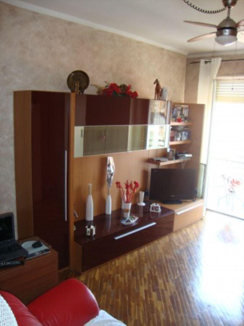 Appartamento in vendita a Grugliasco, 3 locali, prezzo € 122.000 | Cambiocasa.it
