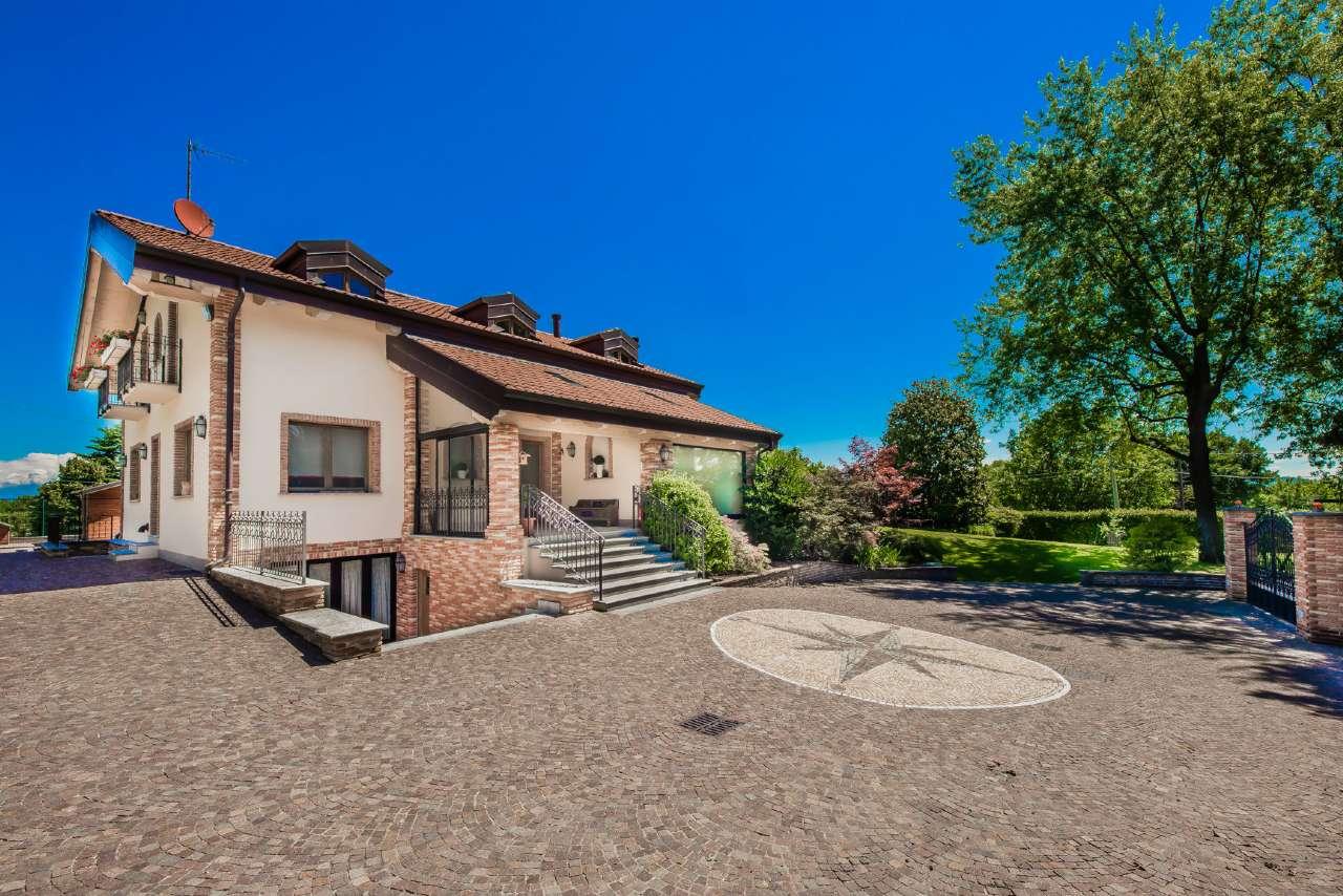 Palazzo/Stabile in vendita via mongioie Rivoli