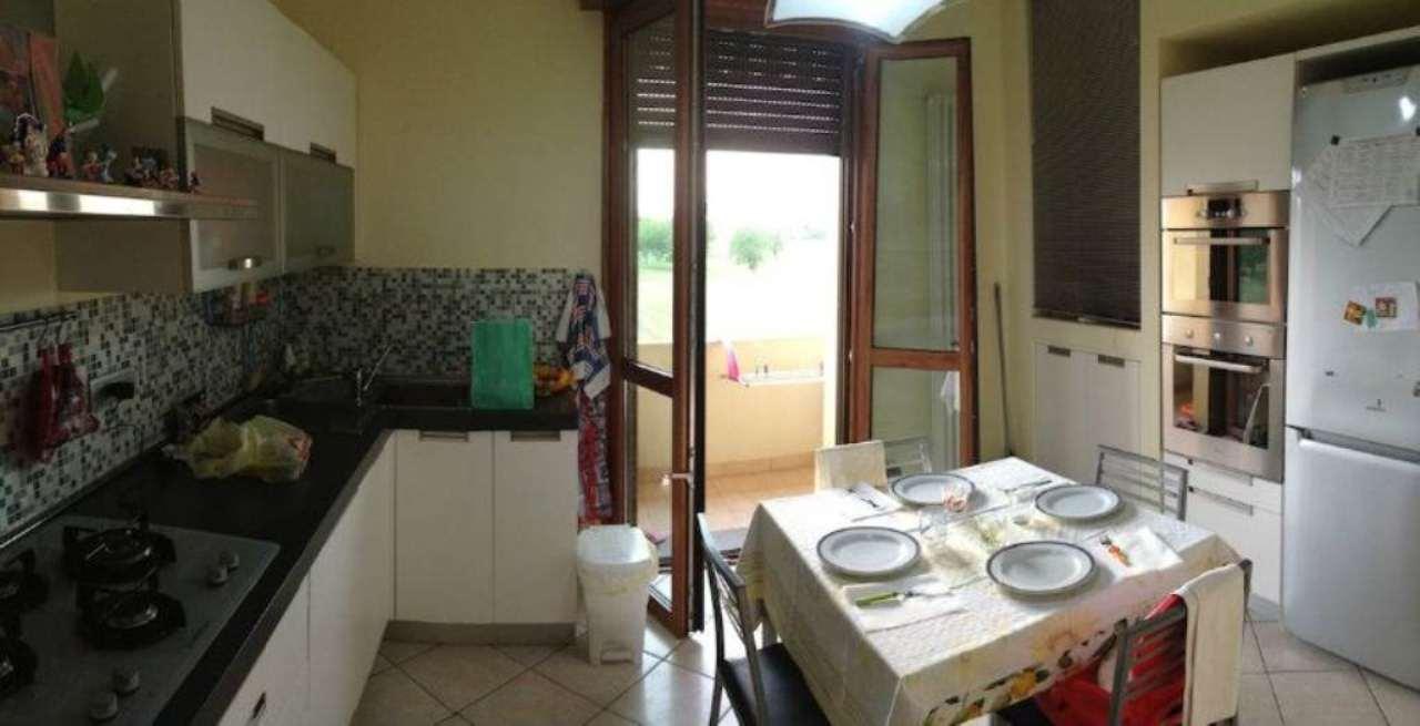 Appartamento in vendita a Gattatico, 5 locali, prezzo € 150.000 | Cambio Casa.it