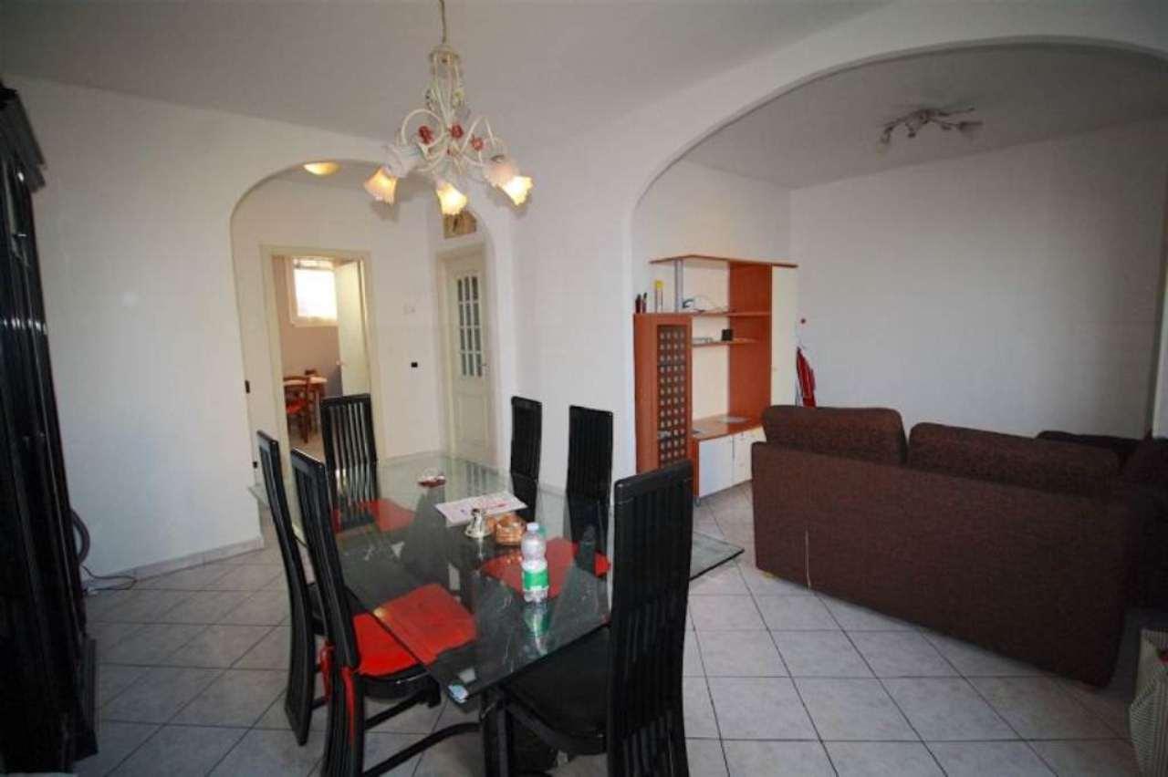 Appartamento in vendita a Sant'Ilario d'Enza, 3 locali, prezzo € 93.000 | Cambio Casa.it