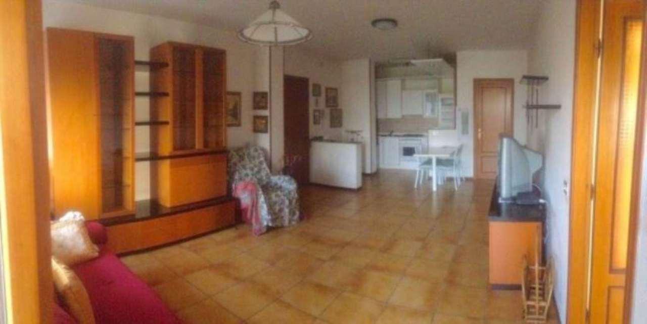 Appartamento in vendita a Gattatico, 3 locali, prezzo € 107.000 | Cambio Casa.it