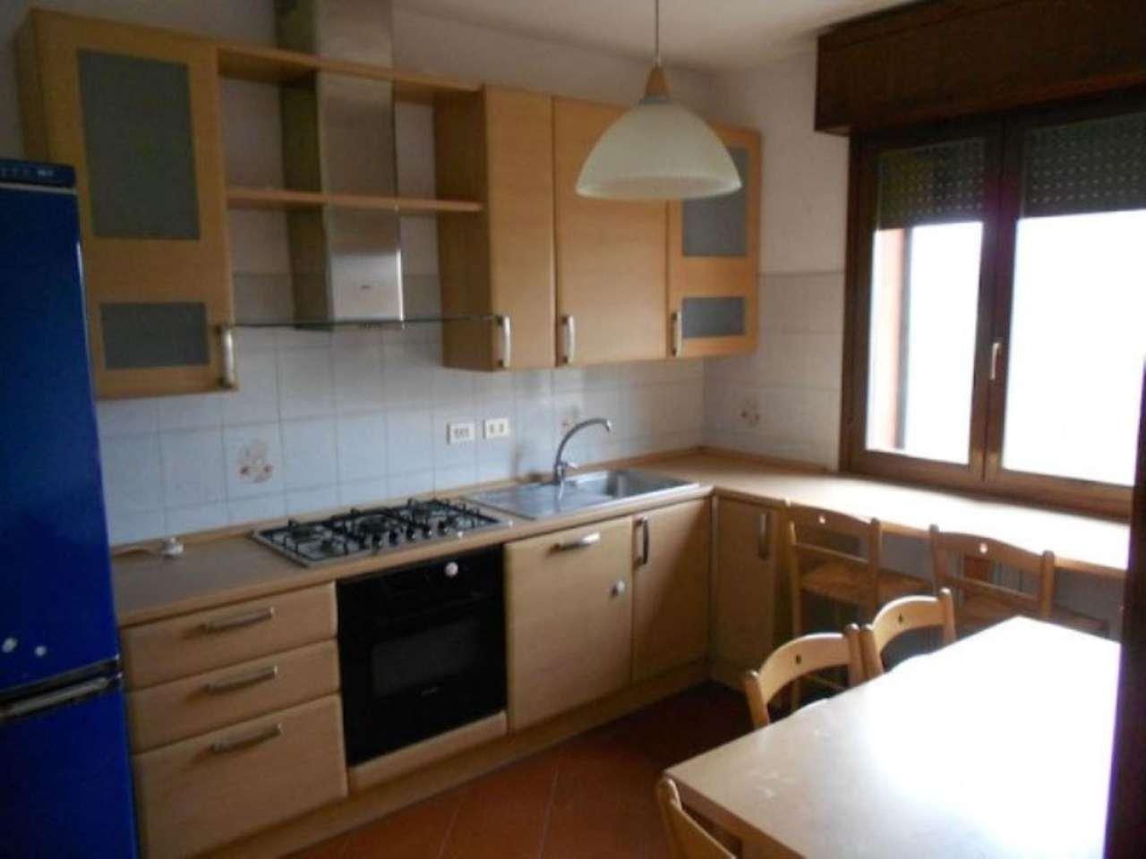 Appartamento in affitto a Gattatico, 4 locali, prezzo € 550 | Cambio Casa.it