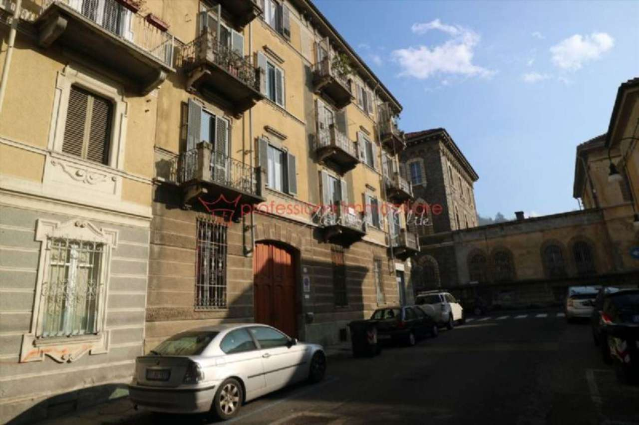 Appartamento in vendita Zona Precollina, Collina - via Segurana Torino