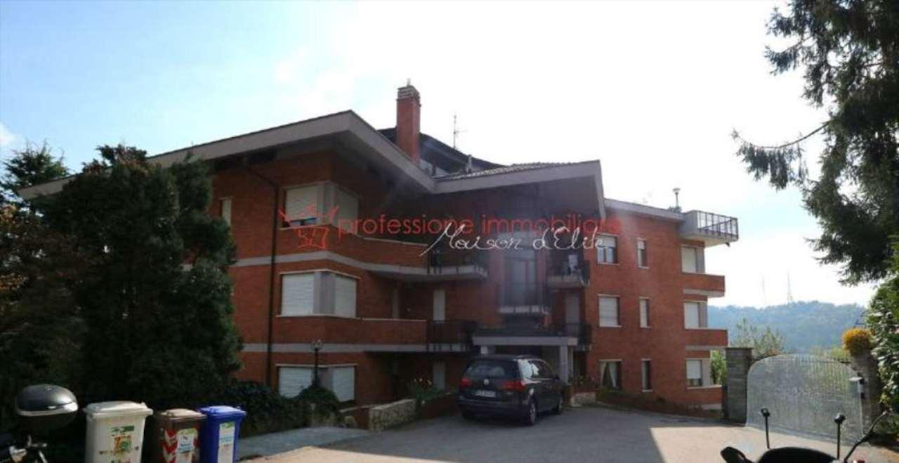 Appartamento in vendita a Pino Torinese, 7 locali, prezzo € 265.000 | Cambio Casa.it