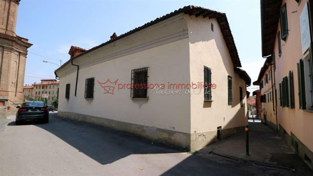 Rustico / Casale in vendita a Verzuolo, 9999 locali, prezzo € 258.000 | CambioCasa.it