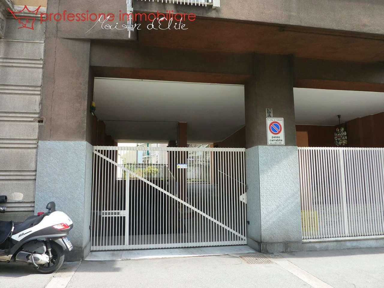 Foto 1 di Posto Auto via Cialdini 10, Torino (zona Cit Turin, San Donato, Campidoglio)