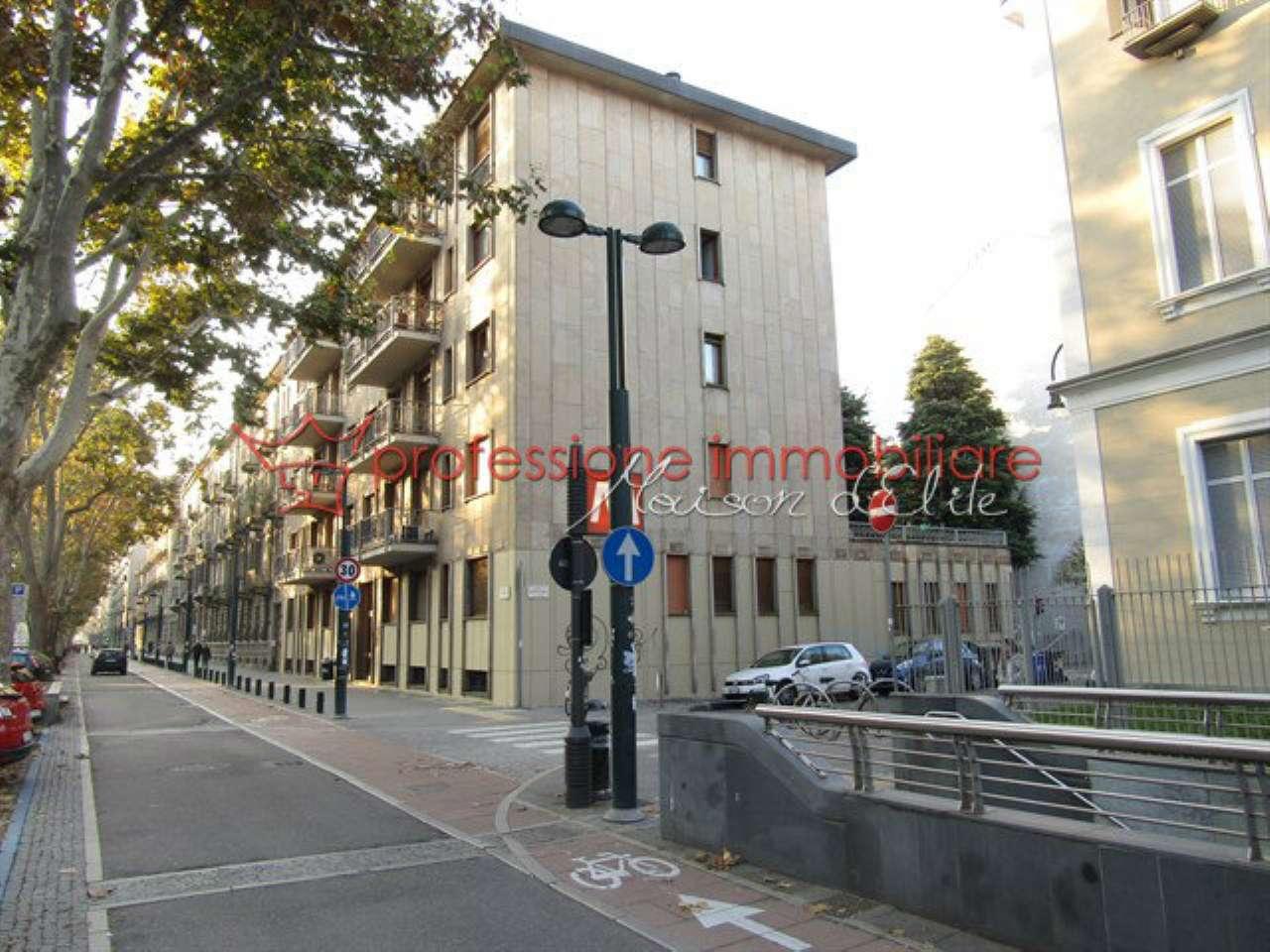 Foto 2 di Appartamento corso Francia, Torino (zona Cit Turin, San Donato, Campidoglio)