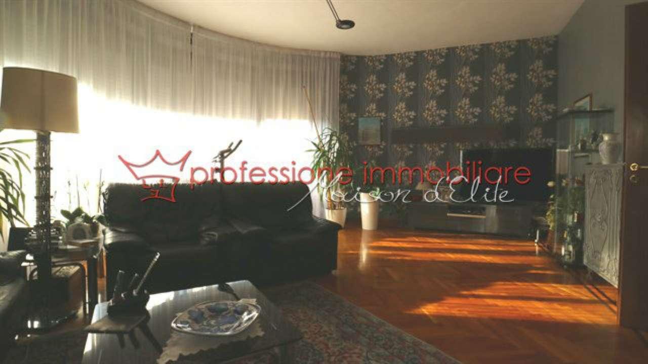 Foto 13 di Appartamento corso Lecce, Torino (zona Cit Turin, San Donato, Campidoglio)