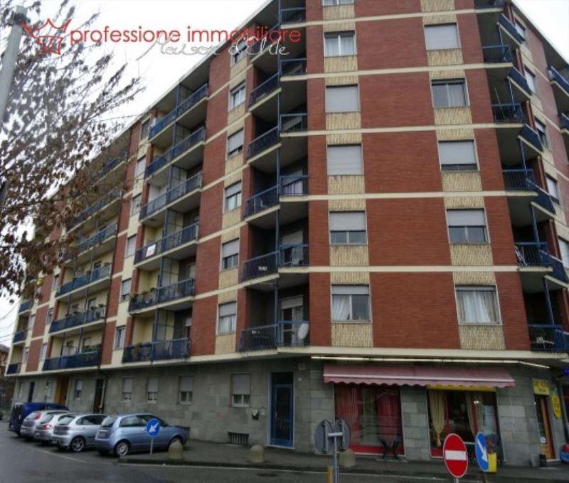 Appartamento in vendita via Leinì Brandizzo