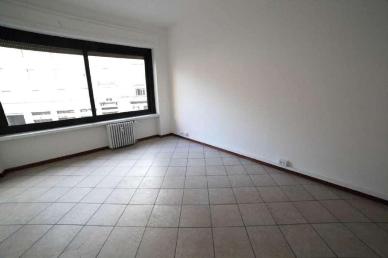 Ufficio / Studio in vendita a Varese, 3 locali, prezzo € 145.000 | Cambio Casa.it