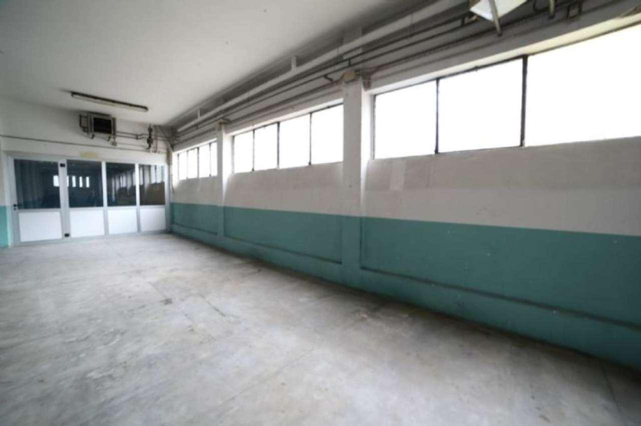 Laboratorio in affitto a Casciago, 1 locali, prezzo € 1.200 | Cambio Casa.it