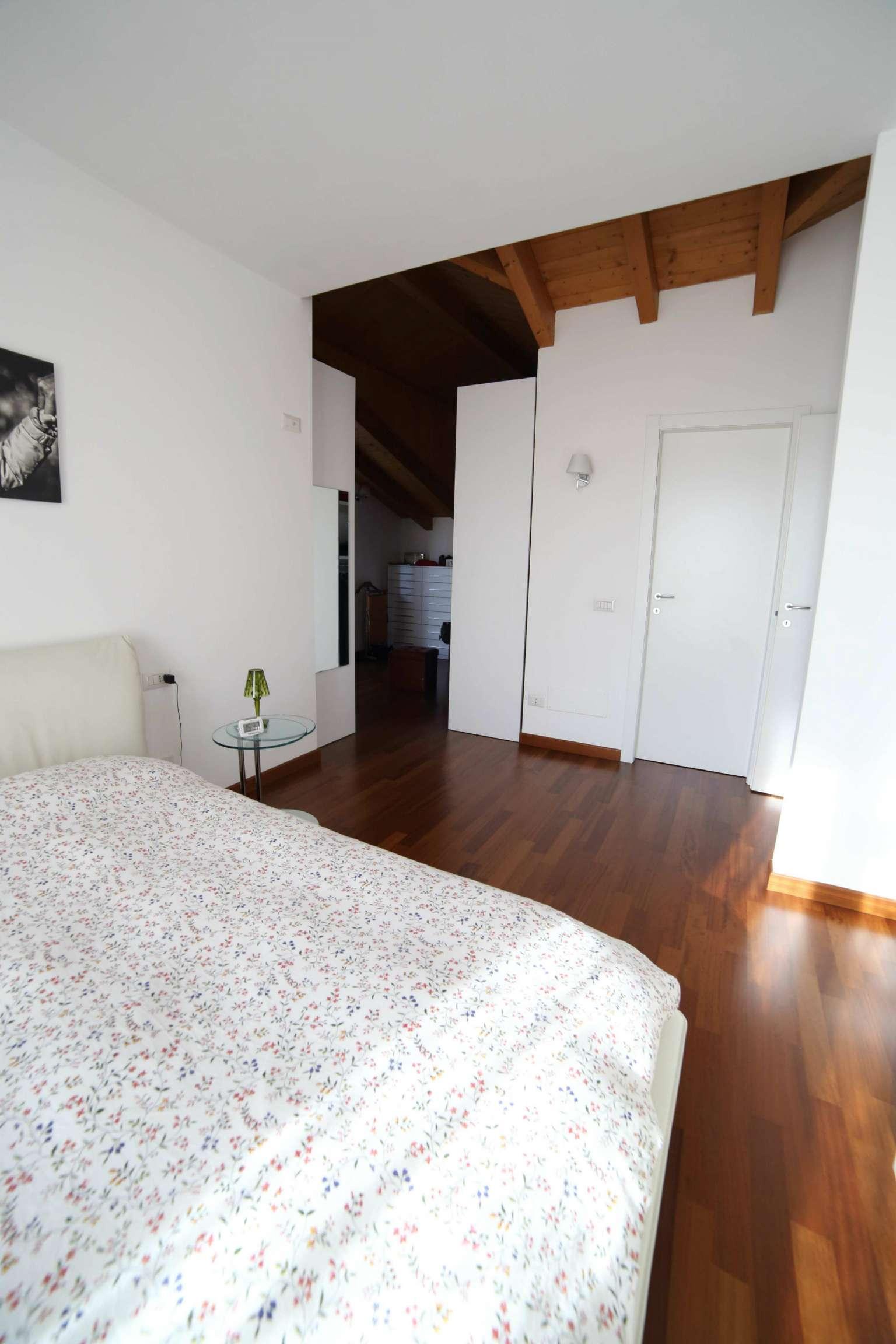 Villa in affitto a Varese, 6 locali, prezzo € 2.500 | Cambio Casa.it