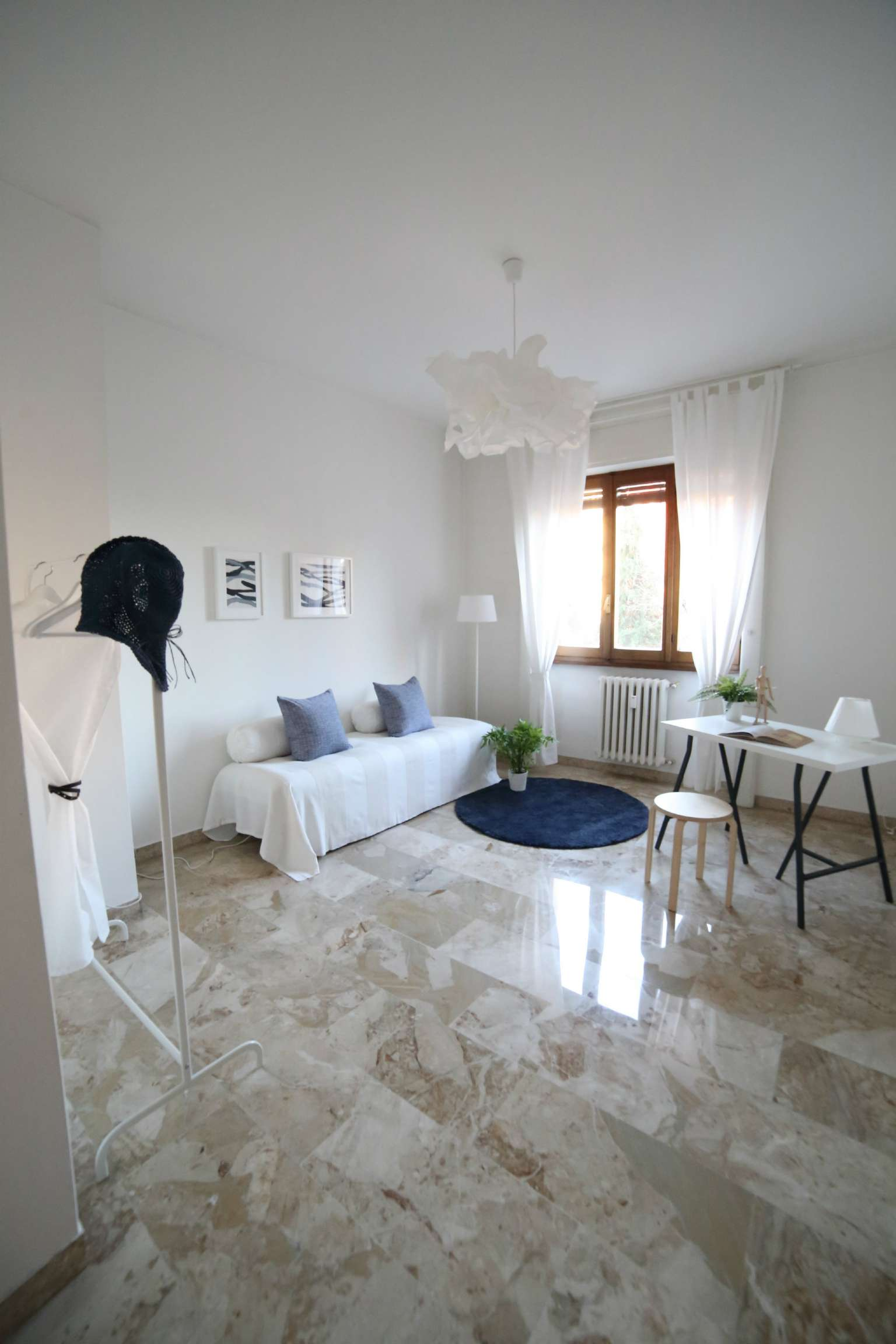 Appartamento quadrilocale in vendita a Varese (VA)