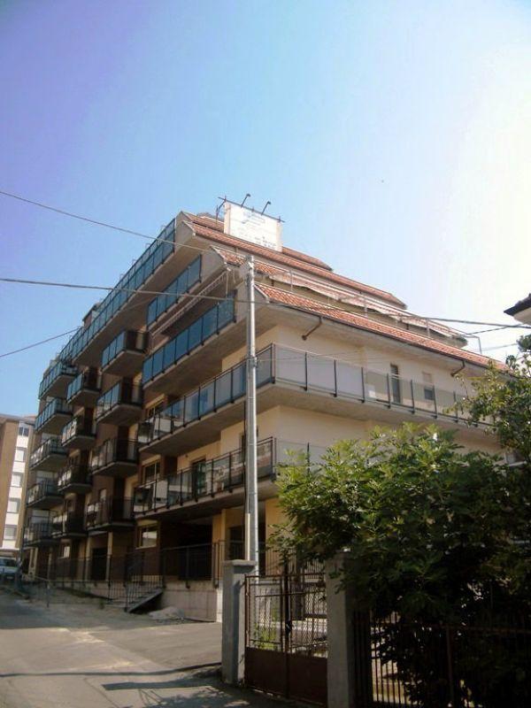 Appartamento in vendita a Rivoli, 3 locali, prezzo € 199.000 | CambioCasa.it