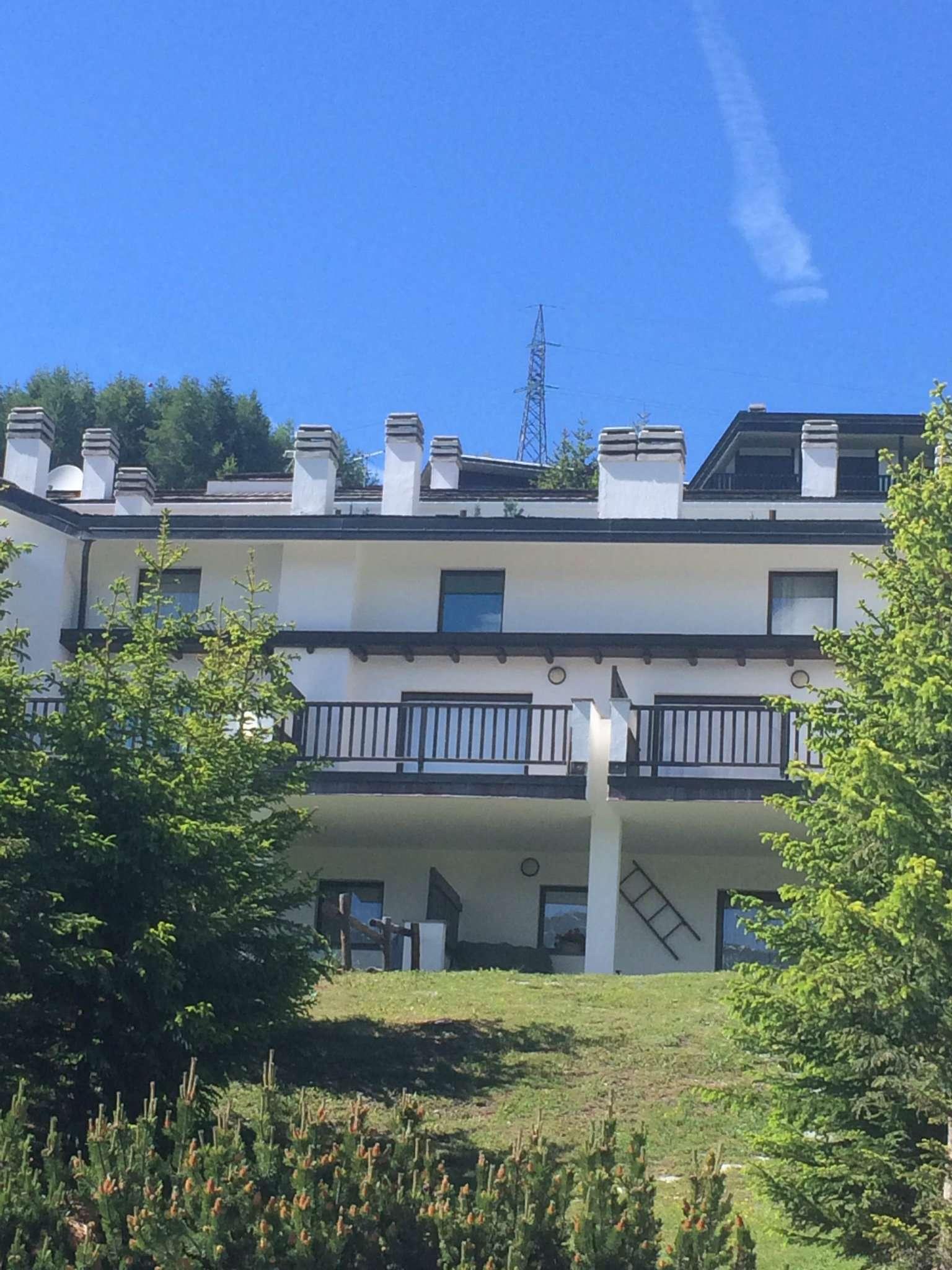 Appartamento in vendita via La Gleisa 12 Sestriere