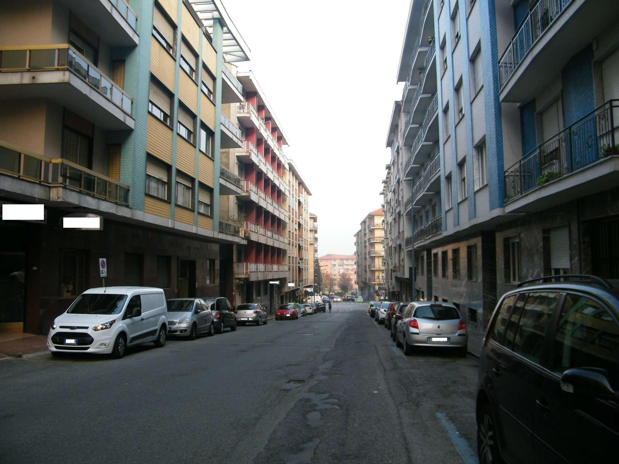 Foto 1 di Box / Garage via Manzoni 7, Rivoli