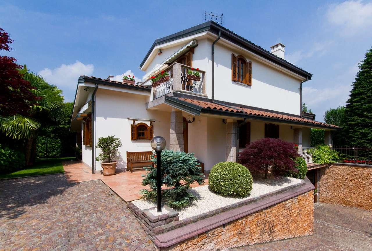 Villa in vendita a Alpignano, 7 locali, prezzo € 545.000 | CambioCasa.it