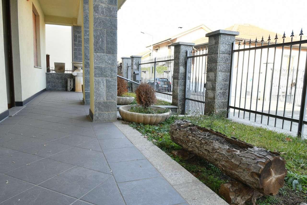 Villa in vendita via IV novembre 9 Grugliasco