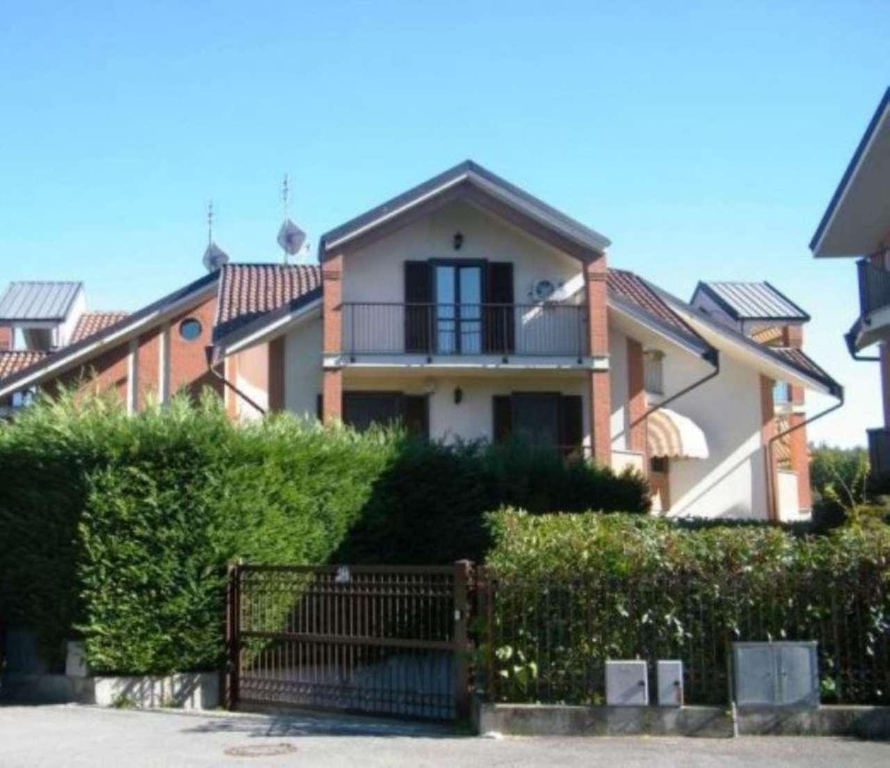 Villa in vendita a Rivoli, 6 locali, prezzo € 495.000 | Cambio Casa.it