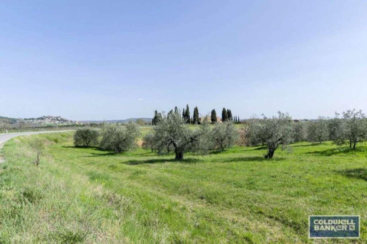 Villa in vendita a Monteleone d'Orvieto, 10 locali, prezzo € 580.000 | Cambio Casa.it
