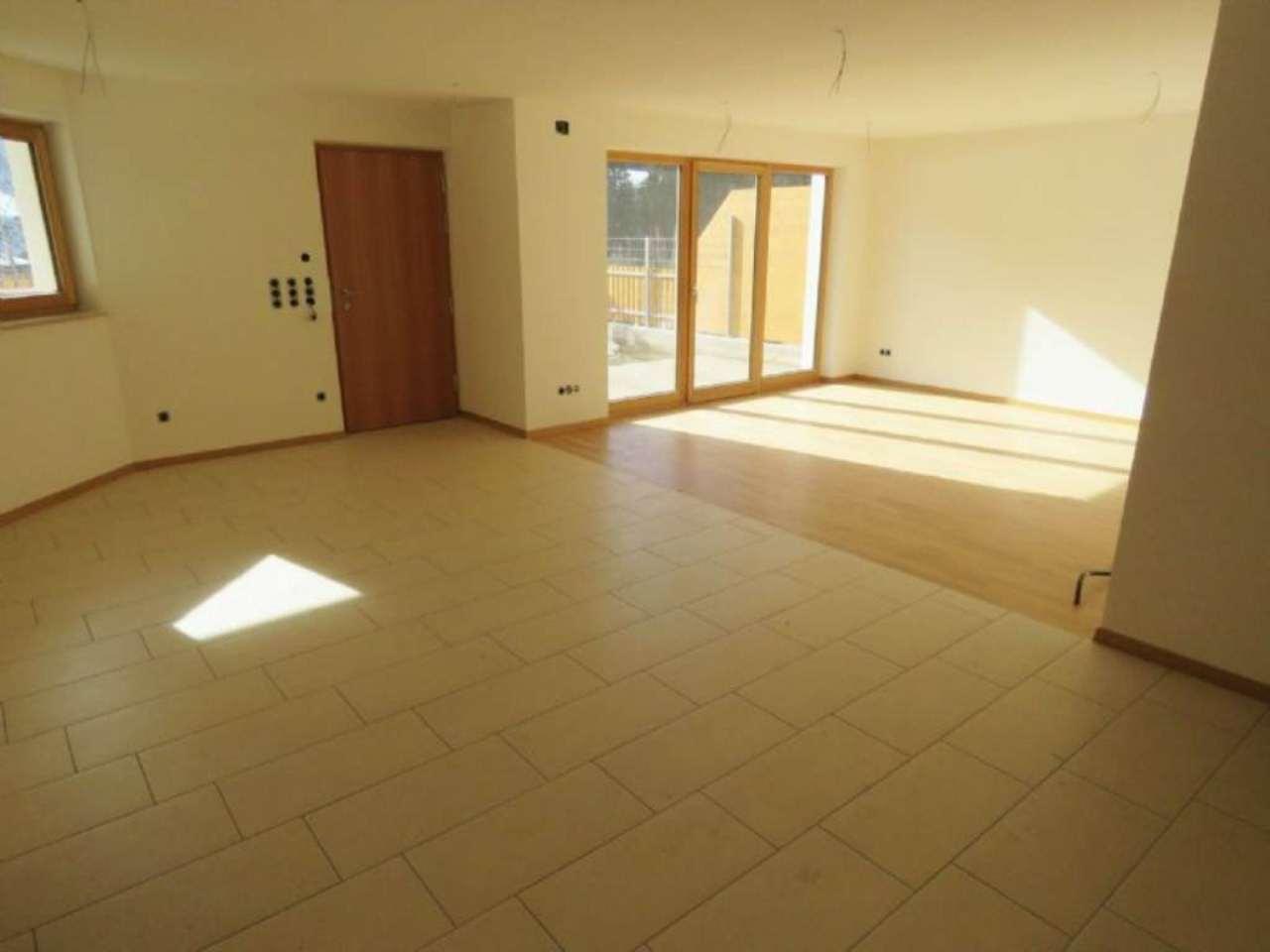 Appartamento in vendita a Nova Ponente, 3 locali, prezzo € 260.000   Cambio Casa.it