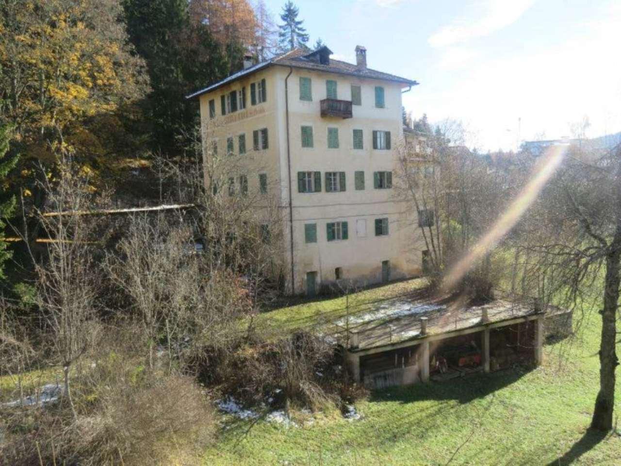 Albergo in vendita a Ruffrè-Mendola, 9999 locali, Trattative riservate | Cambio Casa.it