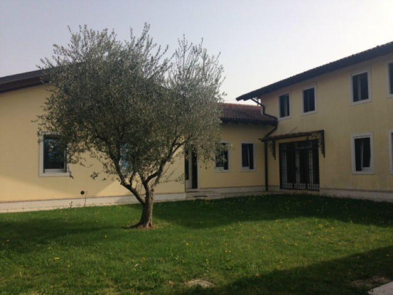 Soluzione Indipendente in vendita a Verona, 8 locali, zona Zona: 5 . Quinzano - Pindemonte - Ponte Crencano - Valdonega - Avesa , prezzo € 1.150.000 | Cambio Casa.it