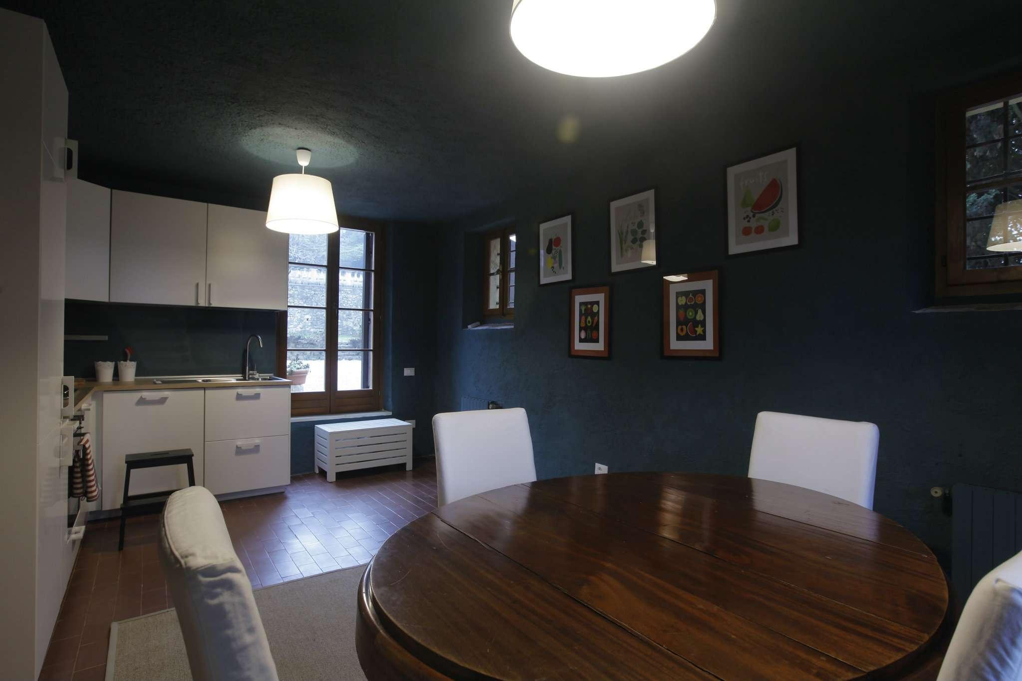 Soluzione Indipendente in affitto a San Pietro in Cariano, 4 locali, prezzo € 1.000 | CambioCasa.it