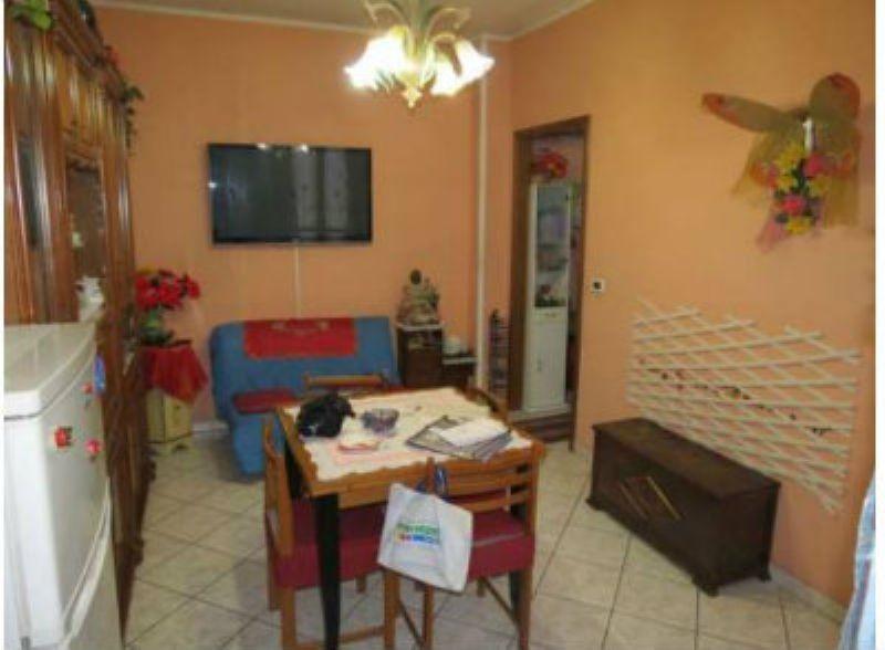 Appartamento in vendita a Torino, 2 locali, zona Zona: 16 . Mirafiori, prezzo € 77.000 | Cambiocasa.it
