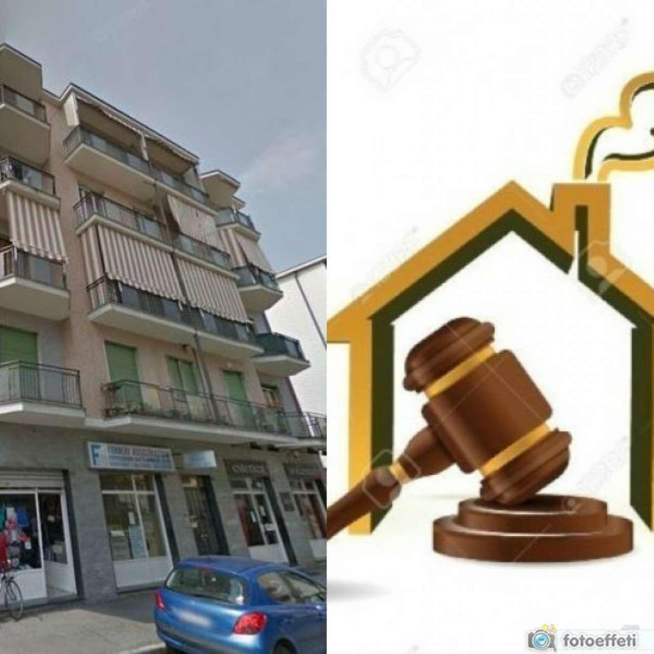 Appartamento in vendita a Grugliasco, 3 locali, prezzo € 82.500   Cambio Casa.it