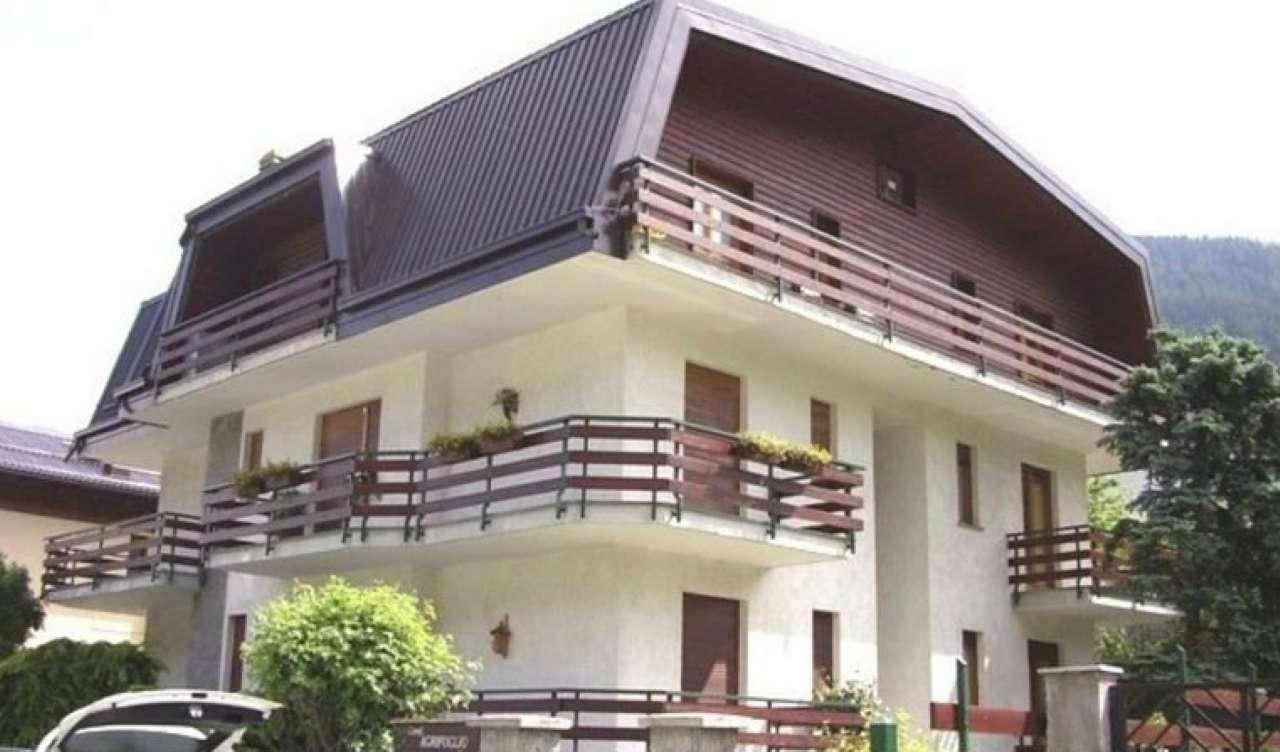 Appartamento in affitto a Oulx, 2 locali, prezzo € 700 | Cambio Casa.it