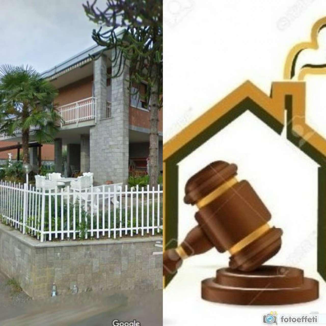 Villa in vendita a Pianezza, 10 locali, prezzo € 345.000 | Cambio Casa.it
