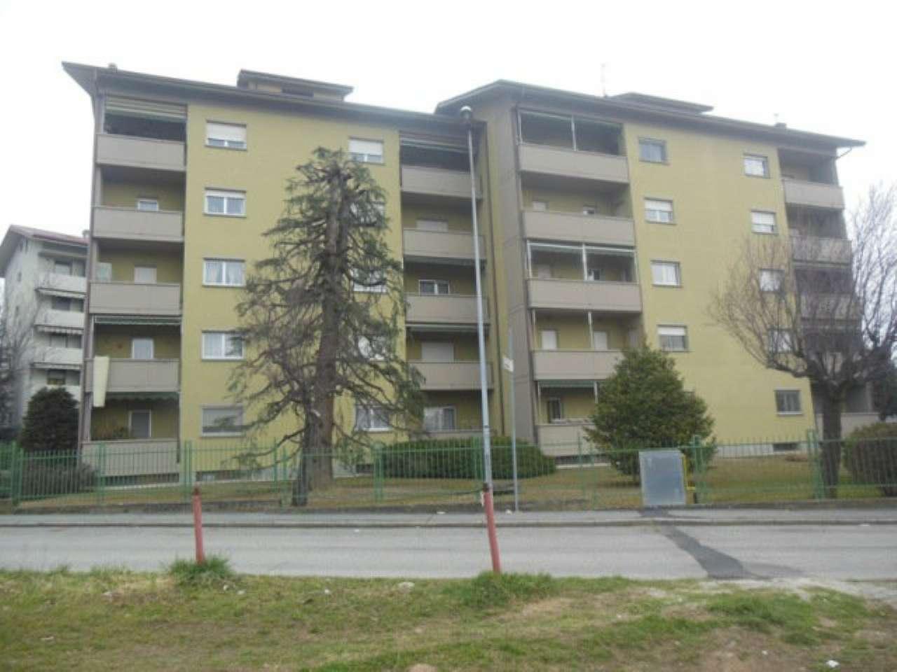Appartamento in vendita a Cuorgnè, 4 locali, prezzo € 105.000 | CambioCasa.it
