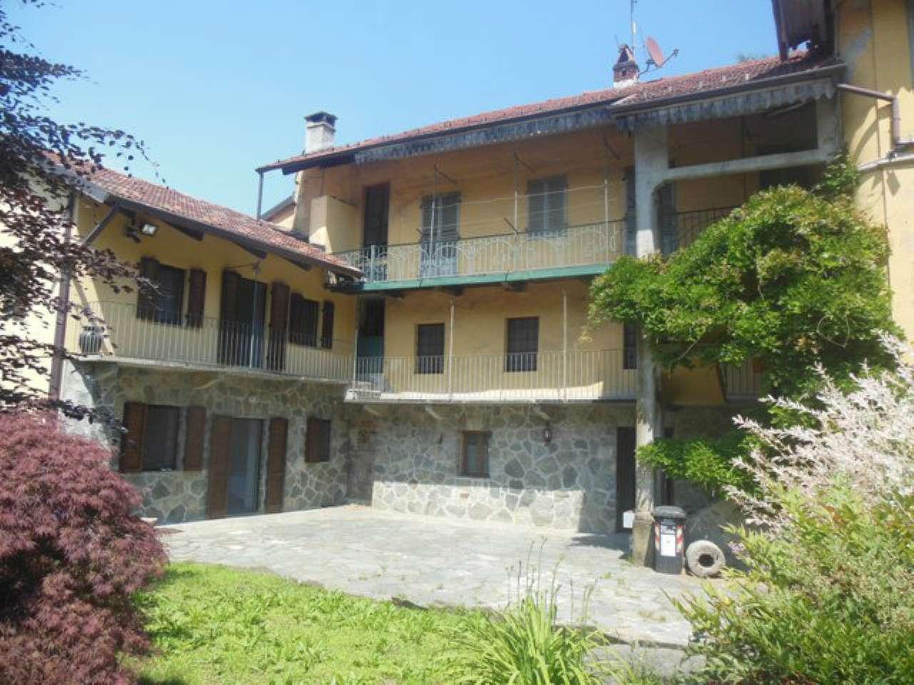 Rustico / Casale in vendita a Rocca Canavese, 12 locali, prezzo € 385.000 | CambioCasa.it