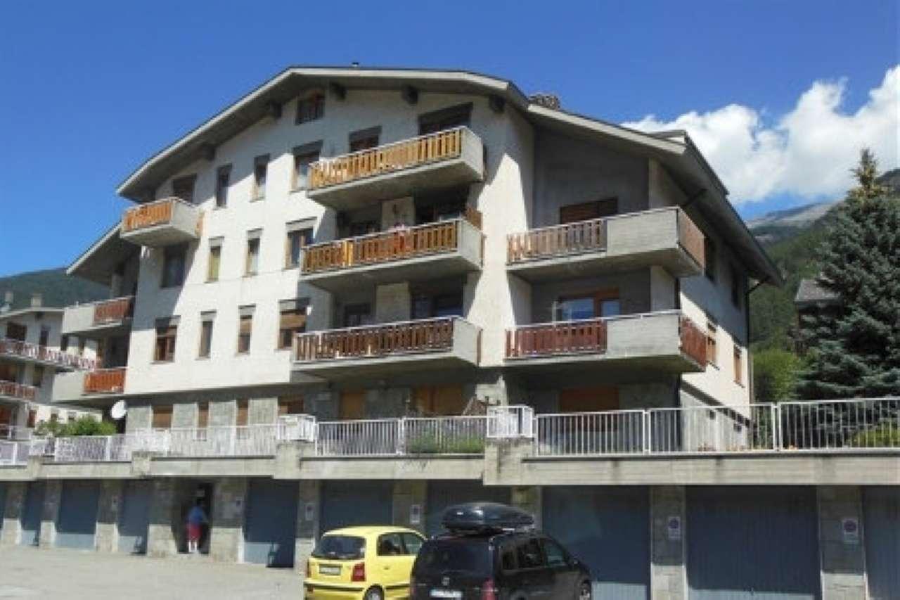 Appartamento in vendita a Oulx, 4 locali, prezzo € 110.000   CambioCasa.it