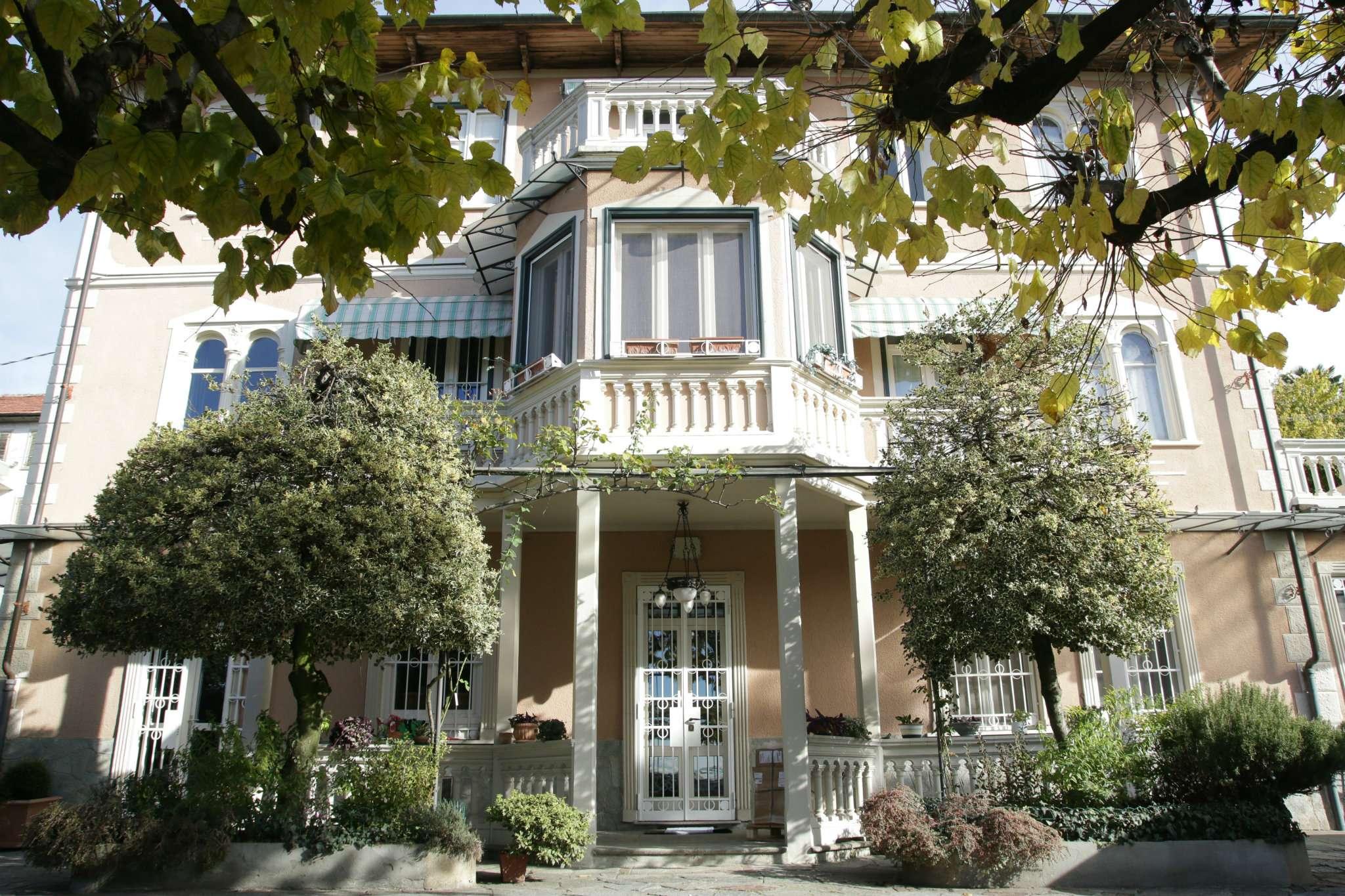 Foto 1 di Villa strada DEI RONCHI 40, Torino (zona Precollina, Collina)