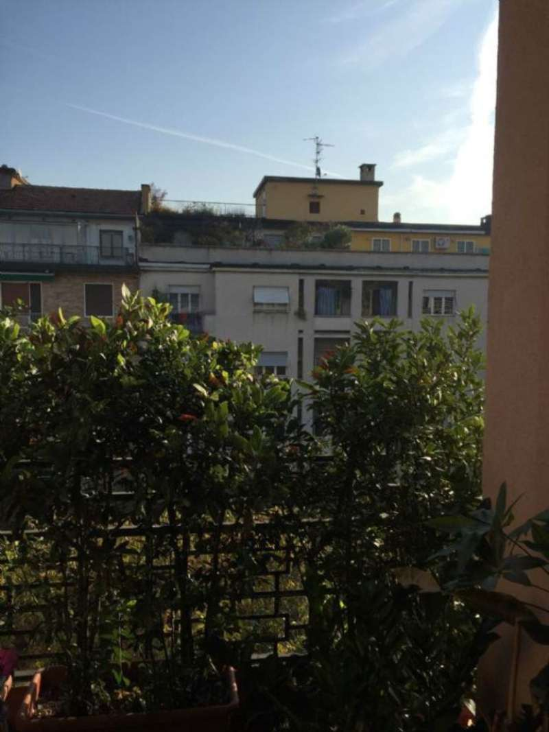 Bilocale Milano Via Via Teodosio 9