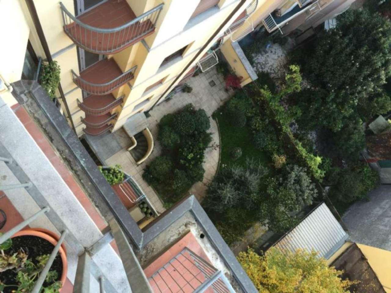 Bilocale Milano Via Via Teodosio 11