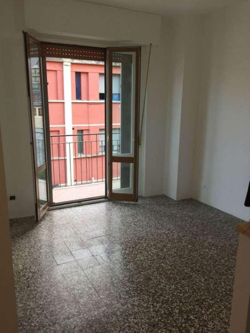 Bilocale Milano Via Privata Giovanni Verrazzano 4