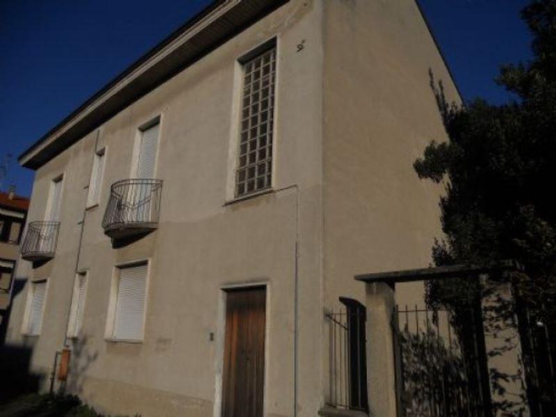 Villa in vendita a Seregno, 6 locali, prezzo € 478.000 | Cambiocasa.it