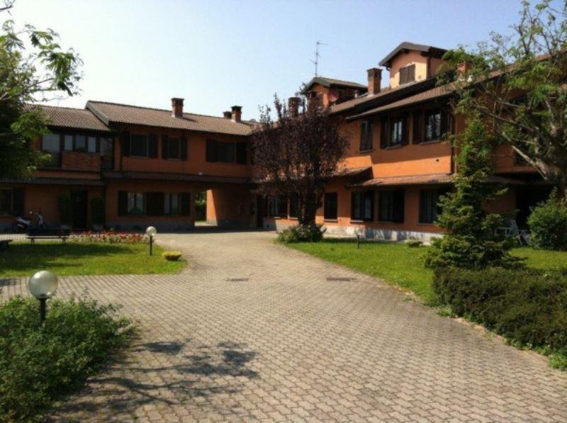 Affitto bilocale Pavia esterno