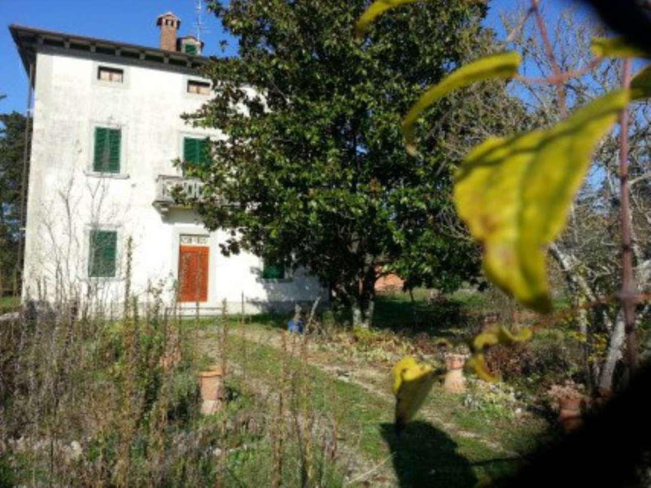 Villa in affitto a Subbiano, 15 locali, prezzo € 2.500 | CambioCasa.it