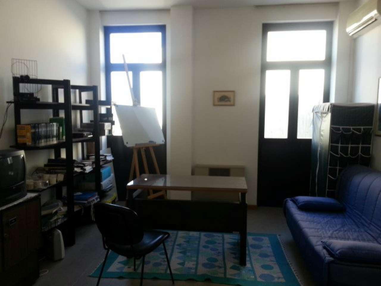 Ufficio / Studio in affitto a Arezzo, 2 locali, prezzo € 400 | CambioCasa.it