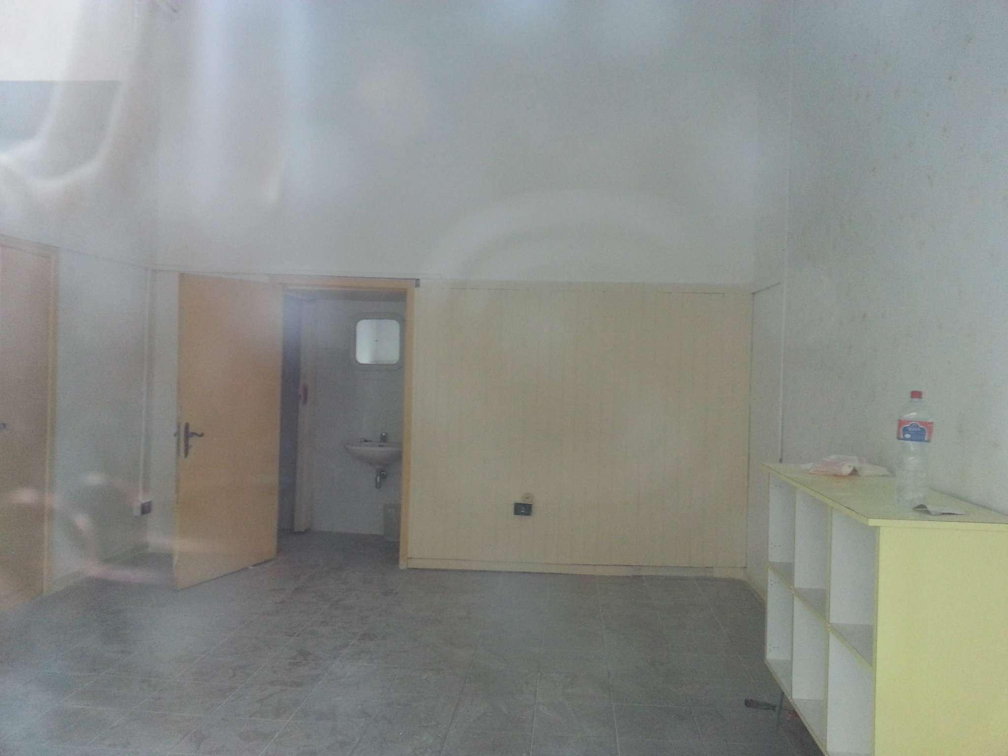 Negozio / Locale in affitto a Arezzo, 1 locali, prezzo € 300 | CambioCasa.it