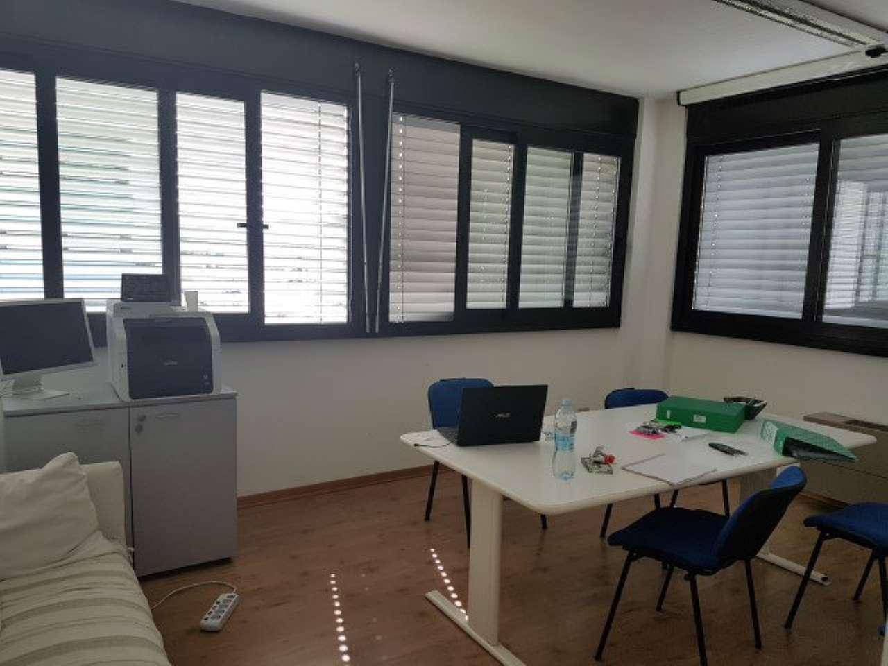 Ufficio / Studio in affitto a Arezzo, 3 locali, prezzo € 650 | CambioCasa.it