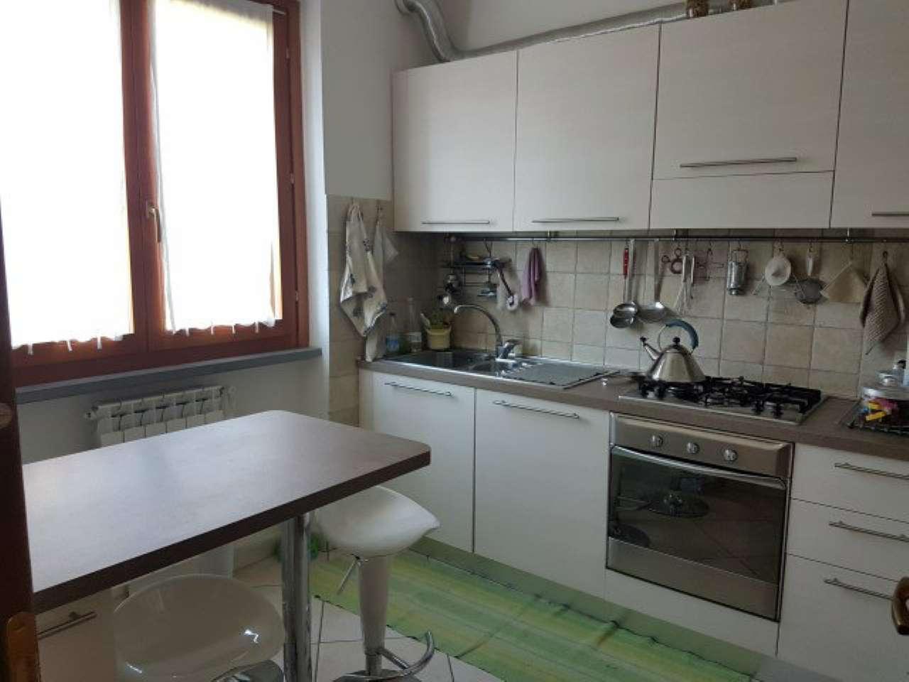 Soluzione Indipendente in affitto a Arezzo, 8 locali, prezzo € 1.000   Cambio Casa.it