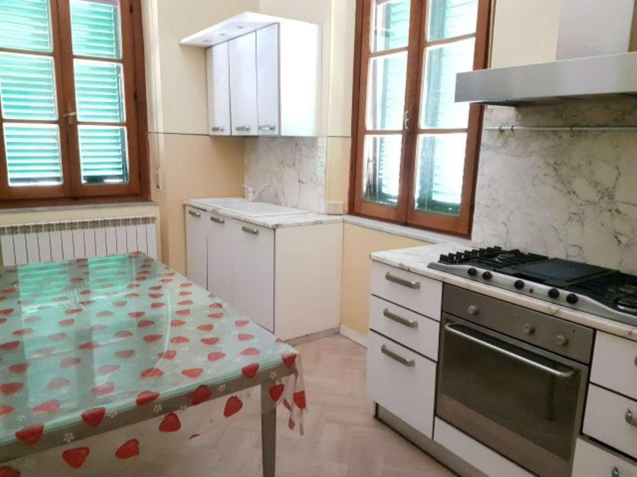 Soluzione Semindipendente in Affitto a Arezzo