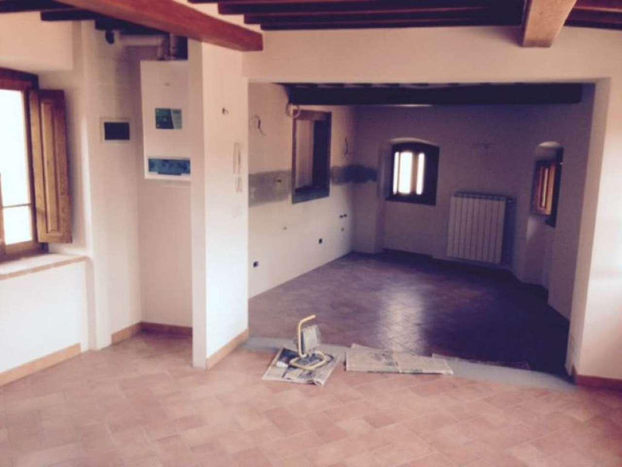 Appartamento in affitto a Talla, 5 locali, prezzo € 450 | CambioCasa.it