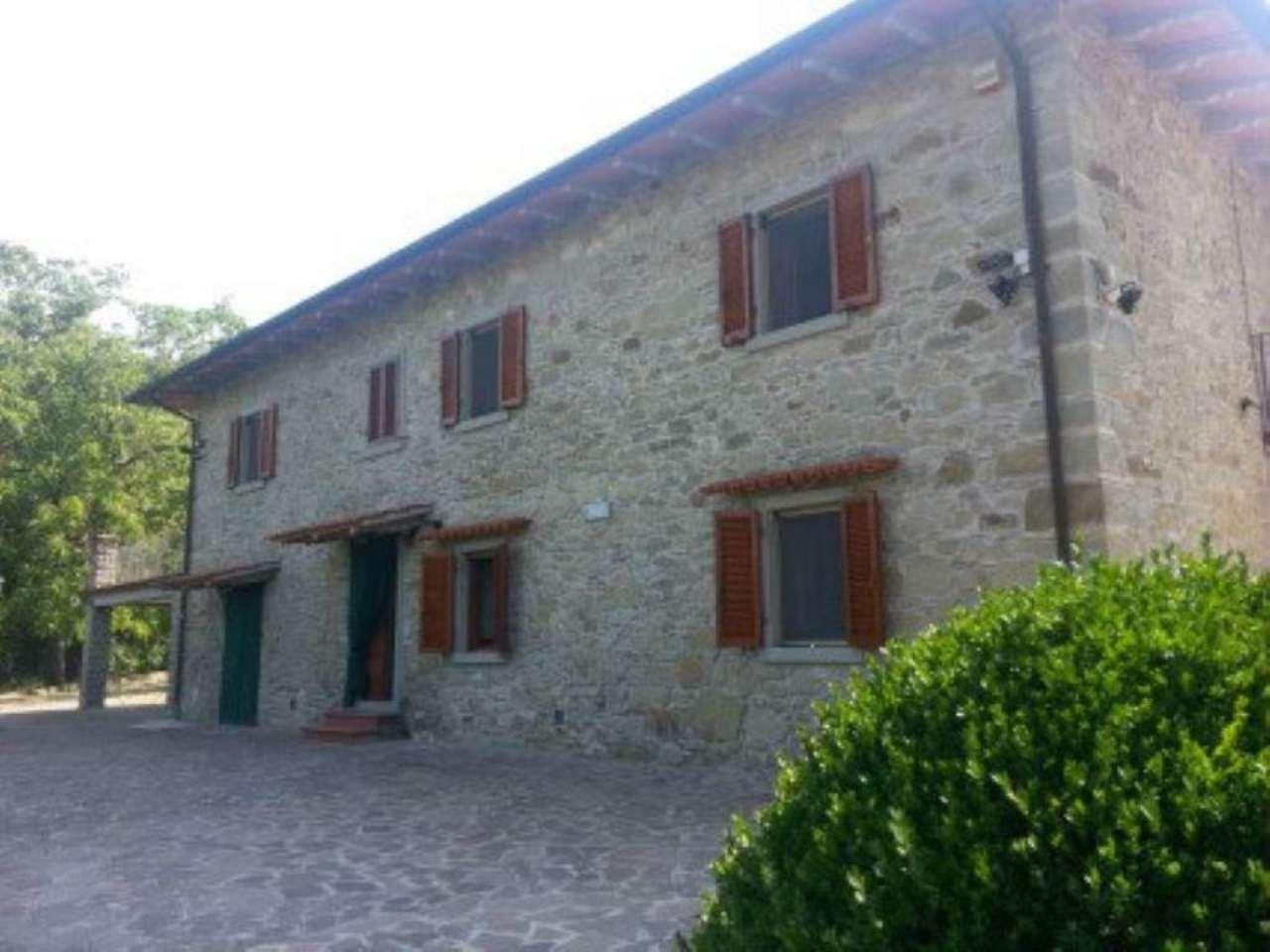 Villa in vendita a Subbiano, 16 locali, prezzo € 580.000 | Cambio Casa.it